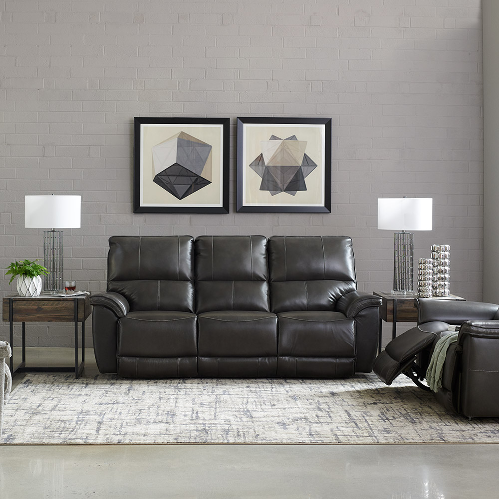 La-Z-Boy Norris Reclining Sofa w/ Headrest